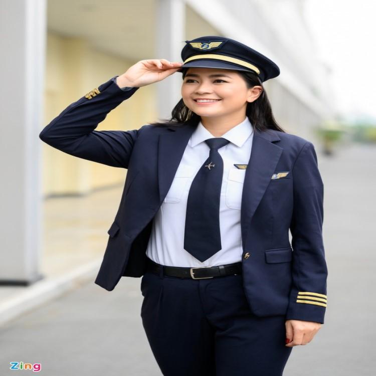 Nữ diễn viên bỏ showbiz để thực hiện ước mơ làm phi công1
