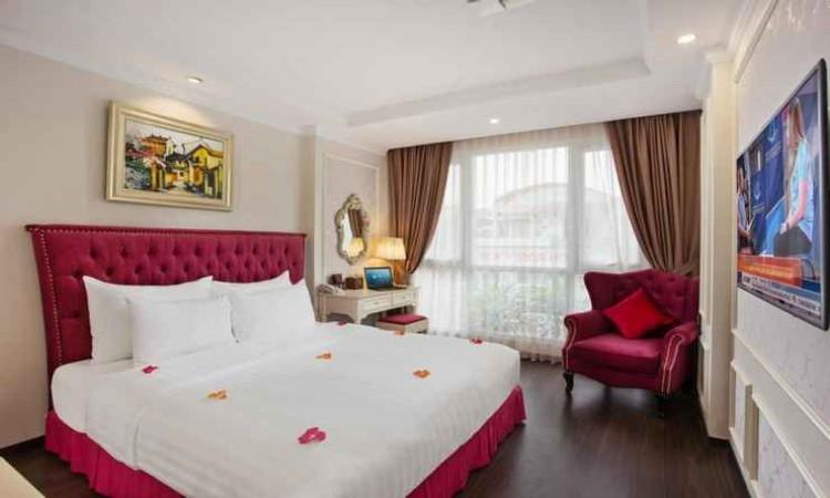 phòng deluxe khách sạn hạng sang luxury old quarter 67 Hàng Bồ Hà Nội